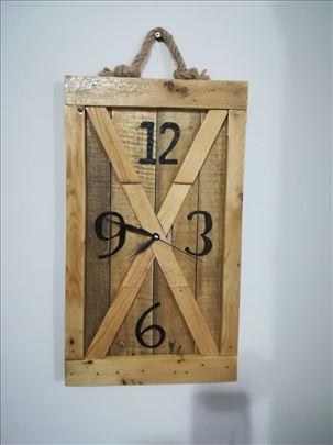 Zidni satovi....drvo