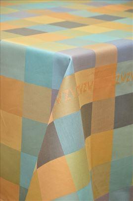 Neobično šareno kariran stolnjak 160x220