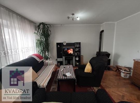 Dvoiposoban stan 80 m², III sprat, Ub – 63 000 €
