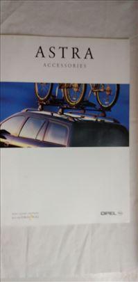 Prospekti Opel:Astra pribor,8 str. eng.