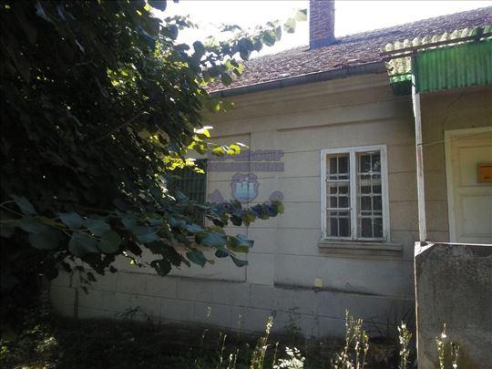 Smederevska Palanka, Selo Golobok, Kuća, 130m2