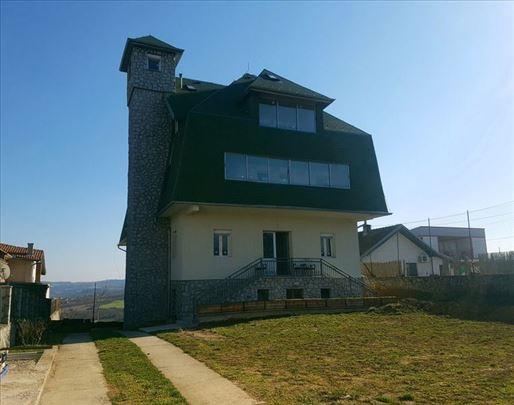 Apartmanska kuća za izdavanje, 820m2, Vrčin, ID126