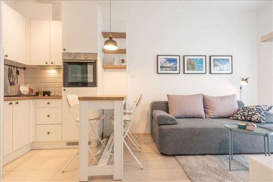 Nov moderan apartman u centru banje - vaučer