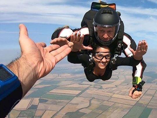 Skakanje padobranom iz aviona sa 3500