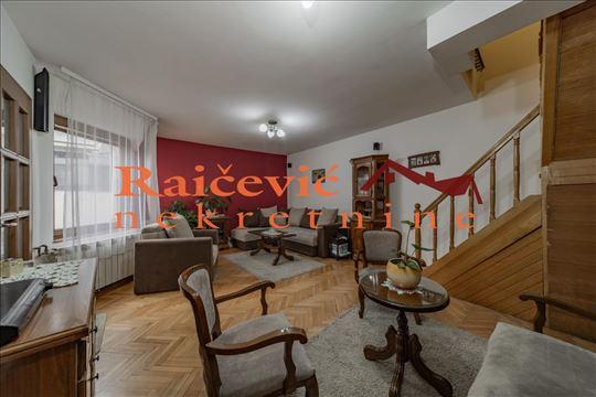 Dorcol, Dobracina, 4.0 kuca od 85 m2