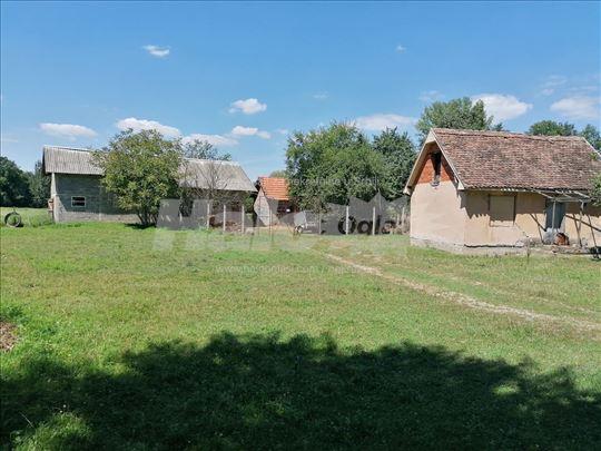 Kuća sa imanjem- 1,64 ha u Runjanima(Loznica)