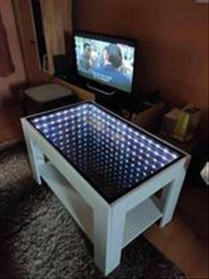 Prodajem klub stolove sa led diodama
