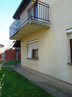 Prodaje se kuća u naselju Čalije