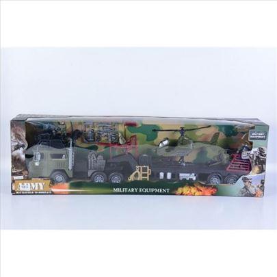 Vojni kamion sa prikolicom igračka