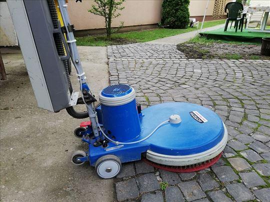 Pranje tvrdih podova
