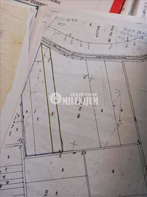 Dobanovci  zemljište 137,5a ID#1027