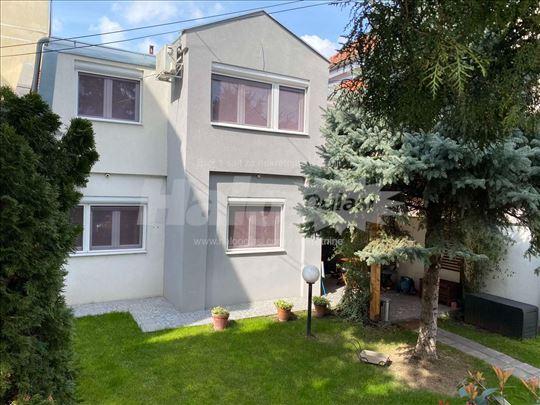 Izdajem kuću u centru - 150m od Tašmajdana