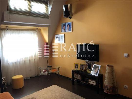 CENTAR,30 m2,Drinčićeva,namešteno(deo stana, sve o