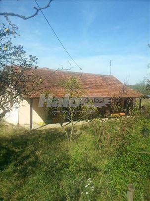 Prodaja seoskog domacinstva u Banicini