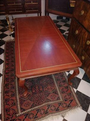 Stari stilski sto
