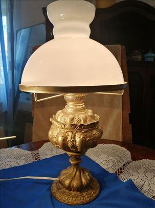 Stilska lampa