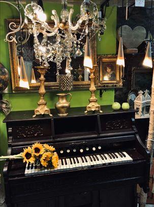 Klavir-orgulje-harmonijum