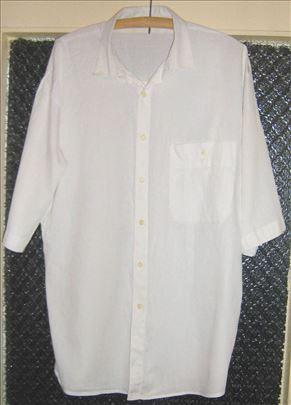 Bela košulja sa kratkim rukavima