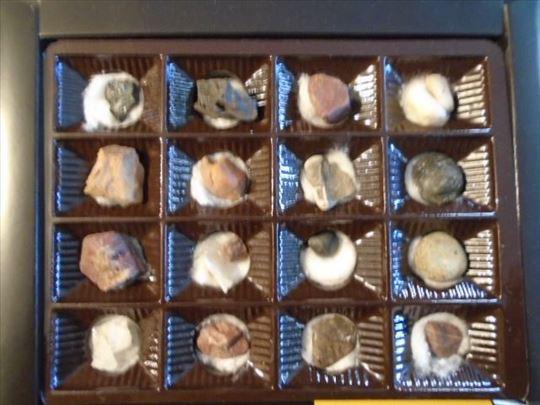 Kolekcija manjih minerala -32 kom