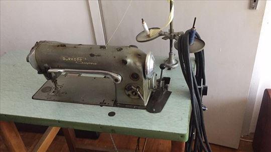 Машина за шивење