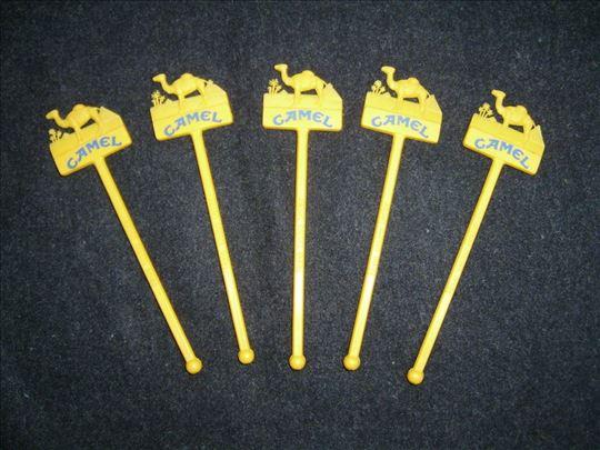 CAMEL - Plastični Štapići Za Sok / 5 Komada