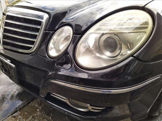 Mercedes E 220 CDI W211 restajling delovi