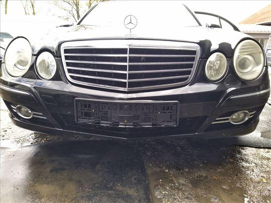 Mercedes E 280 CDI W211 delovi