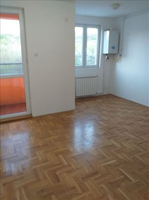 1.5 stan, 33 m2 U Mirijevu