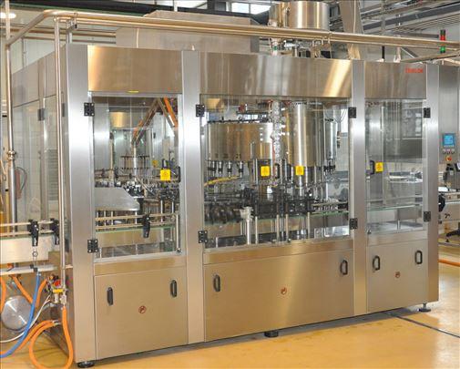 Automatski triblok za punjenje sokova