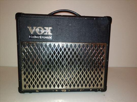 Gitarsko pojačalo VOX AD15VT