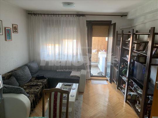 Na prodaju komforan i funkcionalan stan od 66,5m2