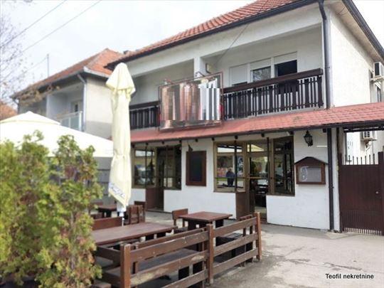 NOVA PAZOVA, restoran 450m2 na 6a kultiv. dvorišta