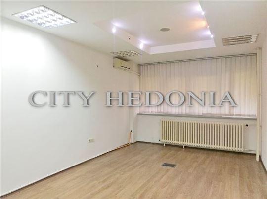 Novi Merkator, stan od 139m2 kao poslovni prostor