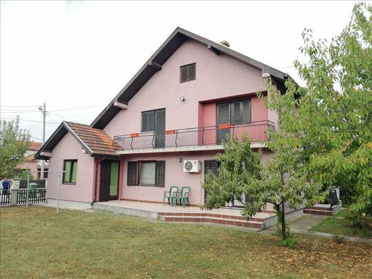 Kuća, Lajkovac, 235 m2