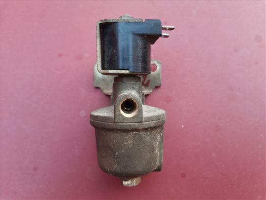 Ventil gasa MG