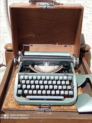 Pisaća mašina Torpedo 20 (iz 1954. godine)