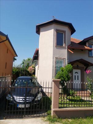 Kuća u Opovu na prodaju