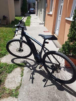 Prodajem E-bike Cube