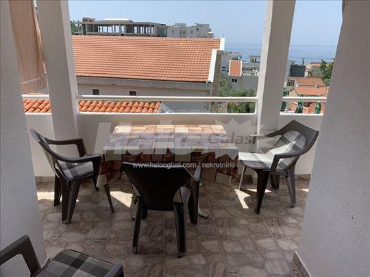 Prodajem stan-apartman u Petrovcu-Budva, Crna Gora