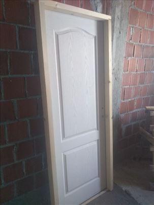 Snižena 80% drvena vrata sa štokom