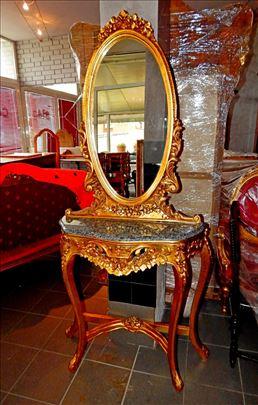 Barok, fantastično ogledalo sa konzolom