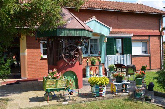 Prelepa kuća u Aranđelovcu na 26 ari placa