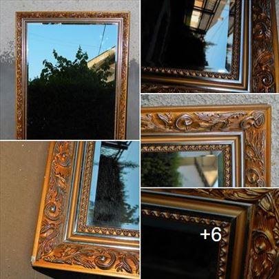 Prelepo salonsko ogledalo, fazetirano