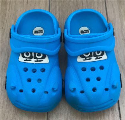 Waikiki papuce autic