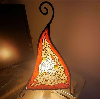 Lampa od kamilje kože+kovano gvožđe oslikana Tunis