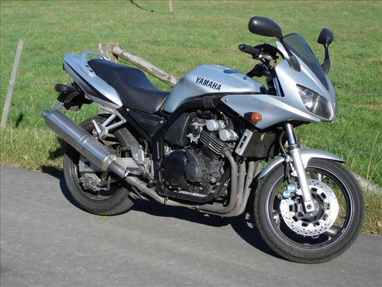 Yamaha fsz 600 fazer delovi
