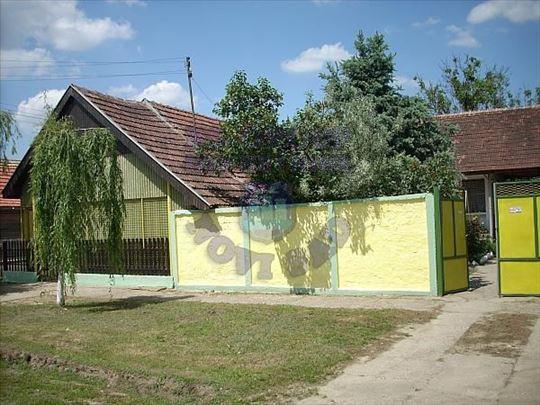 Tovariševo, Centar, Kuća, 3.0, 50m2