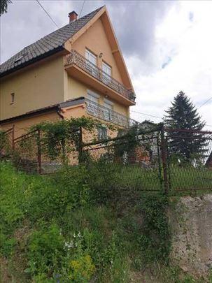 BANJA VRUJCI, kuća sa tri apartmana