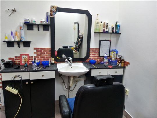 Oprema i alat za frizerski i berberski salon