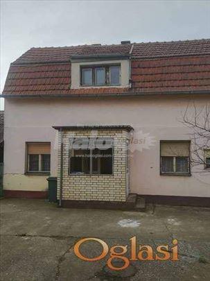 Prodajem uknjiženu kuću u Brestaču